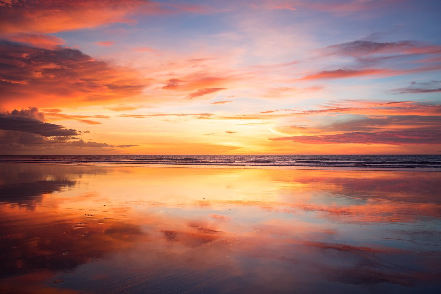 cable beach sunset broome
